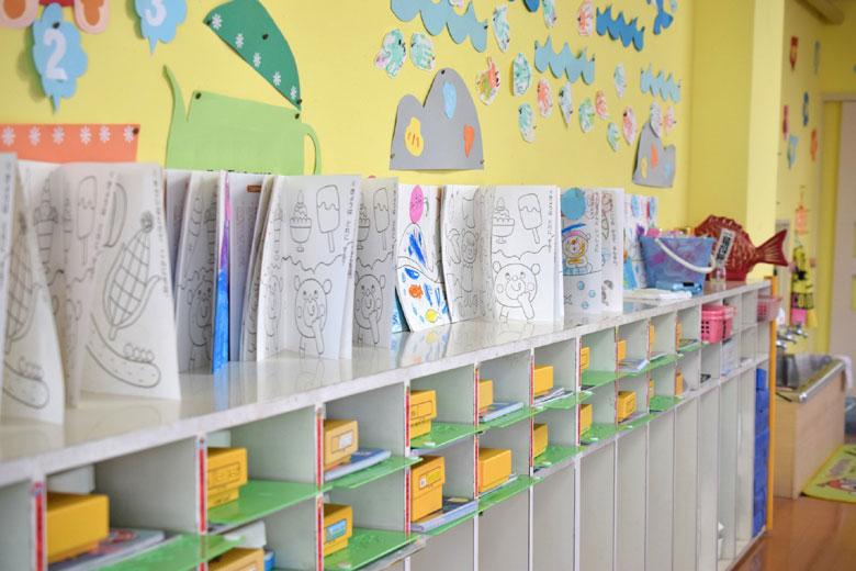 幼稚園のロッカー